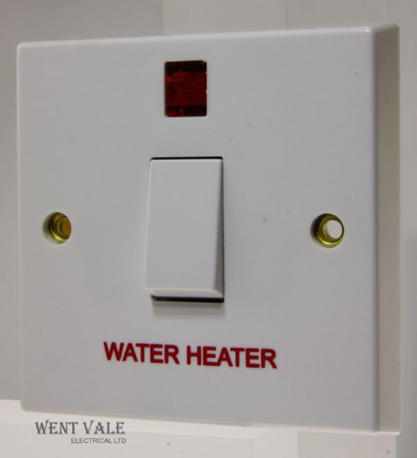 "Volex - VX1060WH - 20a Moulded Double Pole Switch + Neon Marked ""Water Heater"""
